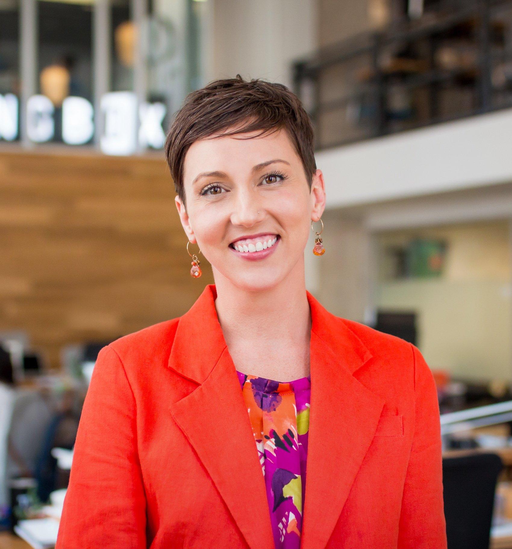 Jenny Magic, Creator at Explain Marketing Consulting and Social Media Approach